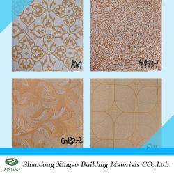 Planchas de PVC coloridos azulejos de techo de yeso para la decoración de interiores