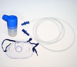 산소 호흡 가면으로 놓이는 처분할 수 있는 의학 분무기