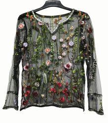 Tejido de malla señoras Blusa con bordados florales y decoración Sequin