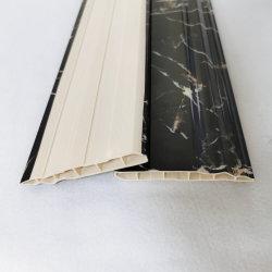 90mmの幅のタイルのまわりを回る現代大理石の土台板カバーPVC床の壁