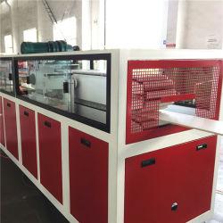 De Machine van het Comité van het Plafond van pvc van de hoge snelheid/het Comité die van de Muur van pvc de Lijn van de Machine maken