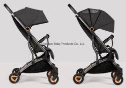 Één Wandelwagen van de Baby van de Wandelwagen van de Baby van de Vouwen van de Hand Lichtgewicht