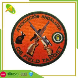 I vestiti all'ingrosso di marchio di abitudine 3D tessuti hanno ricamato il ricamo militare dell'indumento di Pin del contrassegno della polizia della tessile del banco della bandierina dell'esercito dell'emblema del distintivo (003)