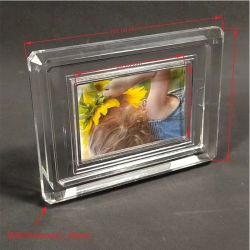 Les tailles personnalisées en acrylique transparent porte-photos Photos stand stand de châssis