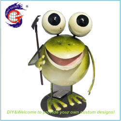 Rake Ornament の庭の芸術を握る手によって塗られたかわいい金属の Frog のデコのフィギュア