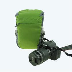 Kameratasche am Bund für Wandern