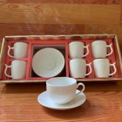 유럽 커피 컵 및 접시 밀키 화이트 세라믹스 티 컵 Bone China(중국 뼈)를 설정합니다