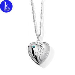 Modèle personnalisé de gros de bijoux de mode d'alliage de médaillon Pendentif coeur Cadre photo