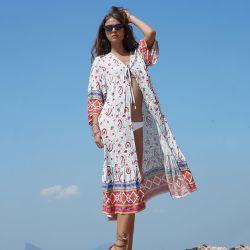 Les femmes Nouveau Style encolure en V manches trois quart d'impression longue chemise