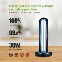 Luz germicida UV portátil no interior da lâmpada de desinfecção de esterilização