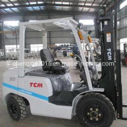 3000kg Capacité de levage du moteur Diesel Japon TCM FD30 petit chariot élévateur à fourche en bon état