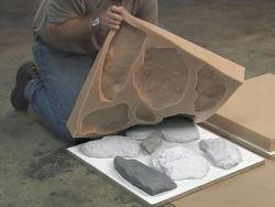 液体のシリコーンゴムを作る人工的な石造り型