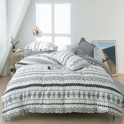 慰める人の寝具の一定のベッド・カバーの女王王Nordic Duvet Cover Setの寝具のキルトカバー枕箱のホーム装飾の織物