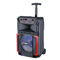 Ein 8 Zoll-bewegliche Minikaraoke-nachladbare drahtlose Mikrofon-laute Laufkatze-Party Audiolautsprecher-Karaoke DJ Licht mit Bluetooth
