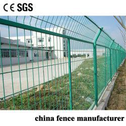 4mm/5mm de espessura do fio de aço de baixo carbono revestido de PVC com estrutura metálica do painel de malha de arame cerca para parede de limite