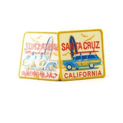 サイズの接着剤の貼り付け用の刺繍パッチのラベル