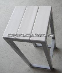 كرسي تثبيت خارجيّ بيضاء بلاستيكيّة [مك-145]
