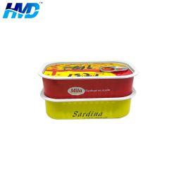 Le pétrole brut dans l'huile de poisson de la Sardine en conserve de marques de sardine Sardine peut 125GX50tins