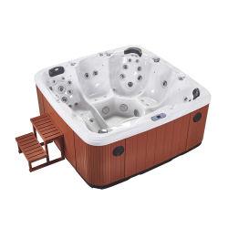 STAZIONE TERMALE esterna della vasca calda di funzione di massaggio
