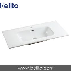 Туалетный столик в ванной комнате бассейна с кабинетом (9090G)