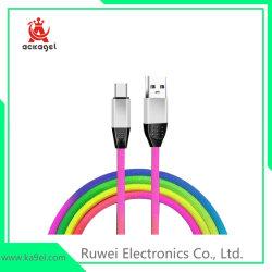 Les téléphones cellulaires Rainbow Câble USB câble de données de téléphone mobile populaire
