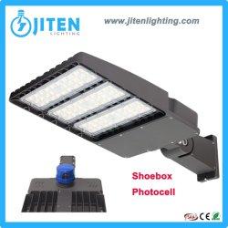 150lm/W 프로젝트를 위한 태양 LED 거리 플러드 갱도 정원 빛을 점화하는 조정가능한 구두 상자 100W 150W 200W 300W 옥외 광전지 램프 5 년 보장