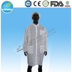 ポケットが付いている使い捨て可能なNonwoven SMS PPの実験室のコート