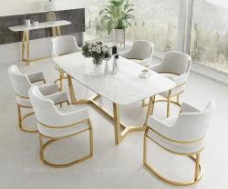 Mode Jeu de jambe d'or Table à manger avec du tissu blanc Président