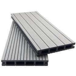 WPCのDeckingの空の合成のDeckingのボードのWpcindoor耐火性WPCの床の木製のプラスチック合成物