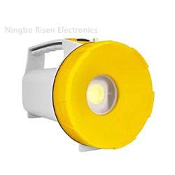 مصباح LED COB المحمول ضوء وامض مقاوم للمياه ضوء يدوي يعمل مصباح الإضاءة عند الكشاف