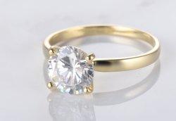 백색 라운드 CZ를 가진 금 도금에 있는 고아한 925 순은 반지