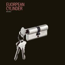 真鍮のヨーロッパのほぞ穴の合鍵シリンダーロックはとの機能を反あける