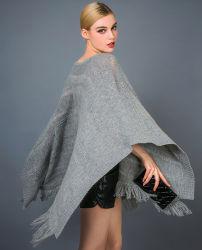 Lady's Fashion soluble dans l'eau et de la laine de cachemire Poncho avec Fringe mixte