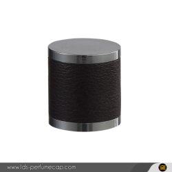 Luxuxplastikschutzkappe mit schwarzem Leder