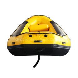 ボートをいかだで運ぶ空気デッキの膨脹可能な白濁水