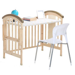 製造業者の固体マツ新生の赤ん坊の幼児のベッドデザインに使用するまぐさ桶を振っている拡張可能な木の幼児のベッドの子供
