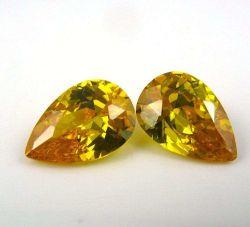 Venta caliente CZ Joya de color amarillo dorado piedra cortada en forma de pera para joyería piedras preciosas
