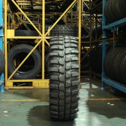 Lakesea 4X4 제조업체 Mudster Pattern off Road 30 * 9.5r15 최고의 가치 31 * 10.5r15 전지형 진흙 지형 타이어 M/T ECE POR 인증 자동차 타이어 익스트림 타이어