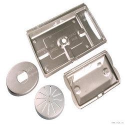مكونات من الألومنيوم عالية الجودة ورقة تصنيع المعدات الأصلية مادة الزنا المعدني عملية تصنيع الماكينة الاحترافية المصاحبة