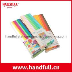 ギフトおよび花の包むことのためのさまざまなクレープのレートのクレープ紙