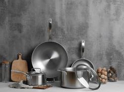 Commerce de gros en acier inoxydable de titane Non Stick ustensile de Cuisine Casseroles et ustensiles de cuisson (POTS)