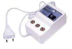 Alloggiamento dell'amplificatore del segnale di CATV nel portello