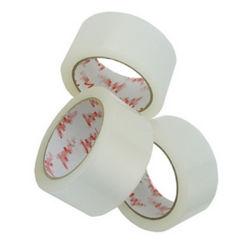 El uso de sellado de cajas de cartón y adhesivo acrílico cinta de embalaje