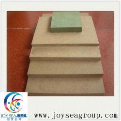 Panneaux de fibres à densité moyenne avec une haute qualité pour les matériaux de construction