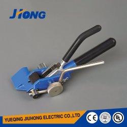 La fascetta ferma-cavo d'acciaio che sottopone/fissa lo strumento