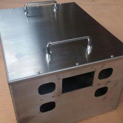 カスタマイゼーションの産業使用によって電流を通されるシート・メタルのステンレス鋼機構のキャビネット