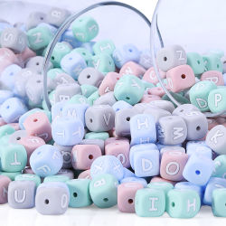Carta de colores de 12mm Abalorios y Cuentas bebé dentición silicona mordedor cordón de silicona de grado alimentario cordones de letras en inglés
