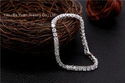 Jeu d'argent plaqué Or blanc Cristal décoré de zircone cubique CZ Bangle Bracelet pour les femmes