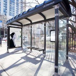 Basamento di bus esterno di vetro Tempered della mobilia di via con la casella chiara