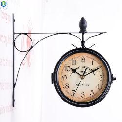 Il doppio europeo creativo di stile ha affrontato l'orologio di parete del metallo